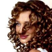 Варіанти стріжок для кучерявого волосся