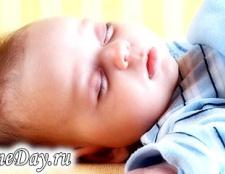 Чому новонароджений не спить